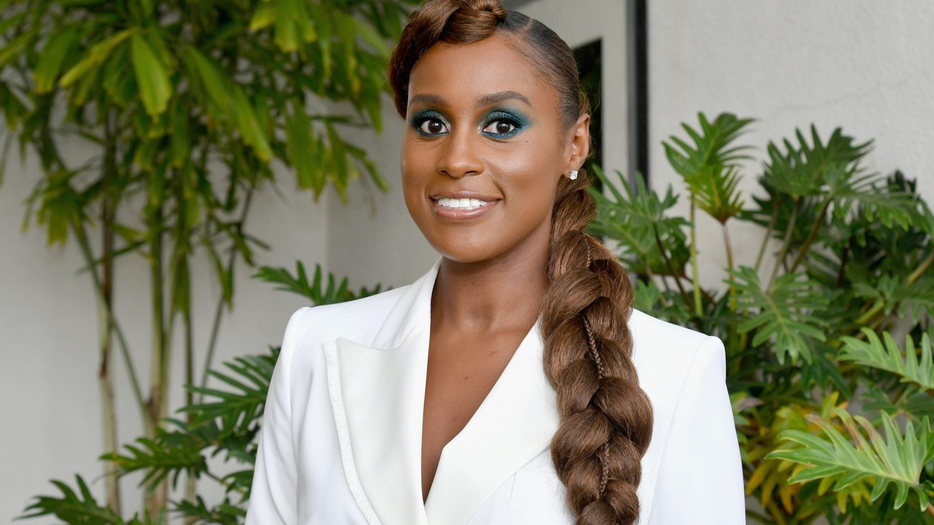 We're Loving Issa Rae's Acceptance Speech