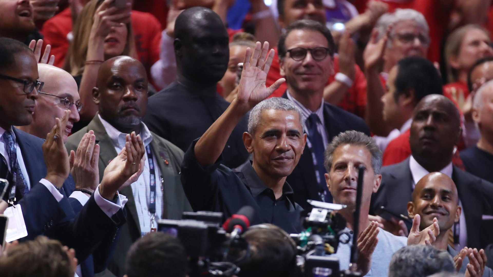 Barack Obama Receives 'MVP' Welcome During NBA Playoffs In Toronto
