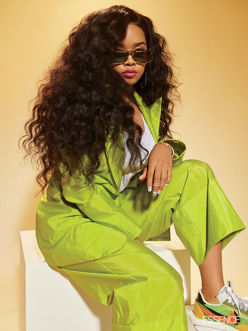 H.E.R. Talks Performing New Music At ESSENCE Fest 2019, Wanting To Collab With Missy & More