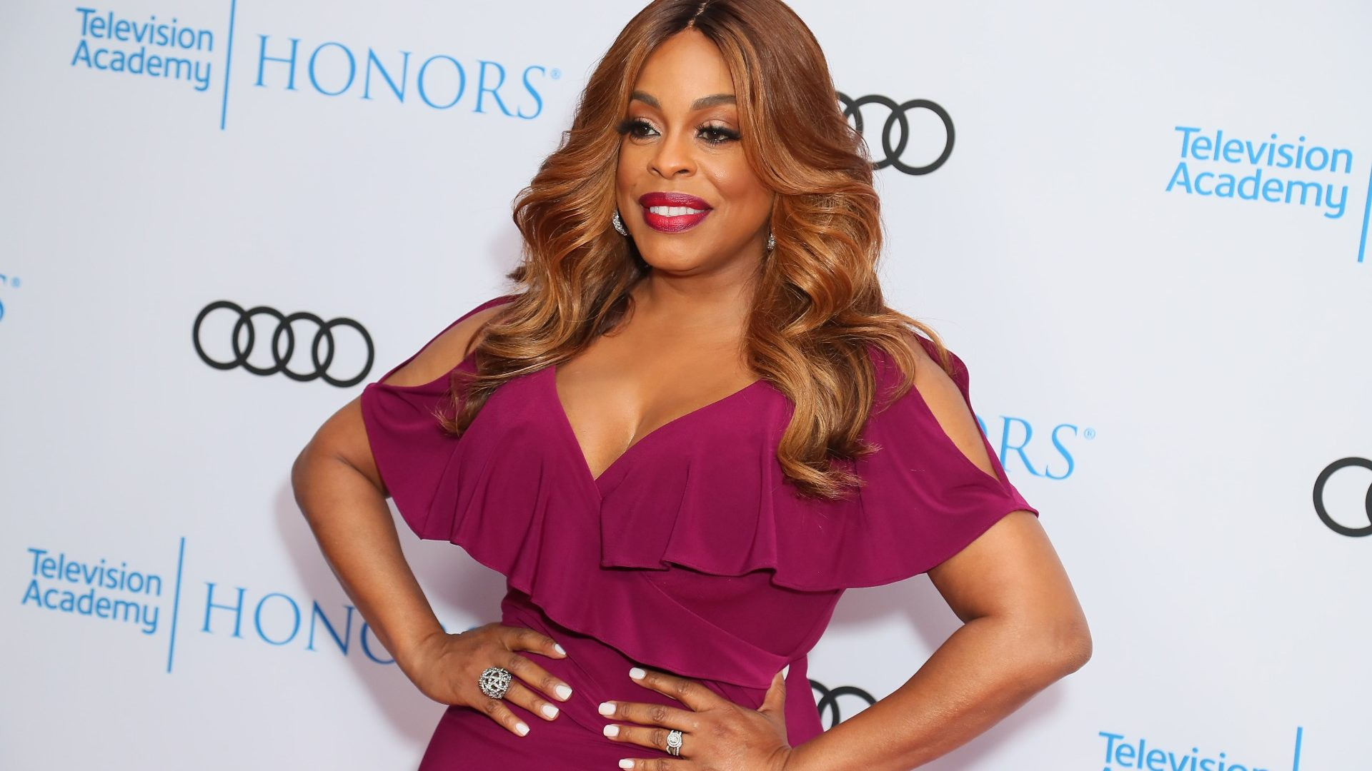 Niecy Nash Talks Beauty And Being A Boss As Season 3 Of 'Claws