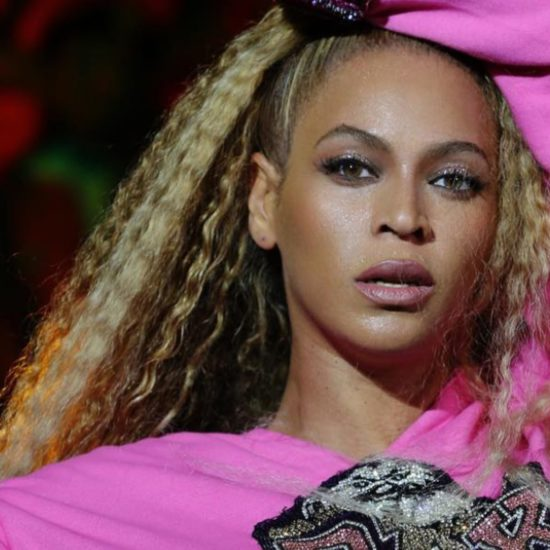Beyonce's Natural Hair is 'Flawless'