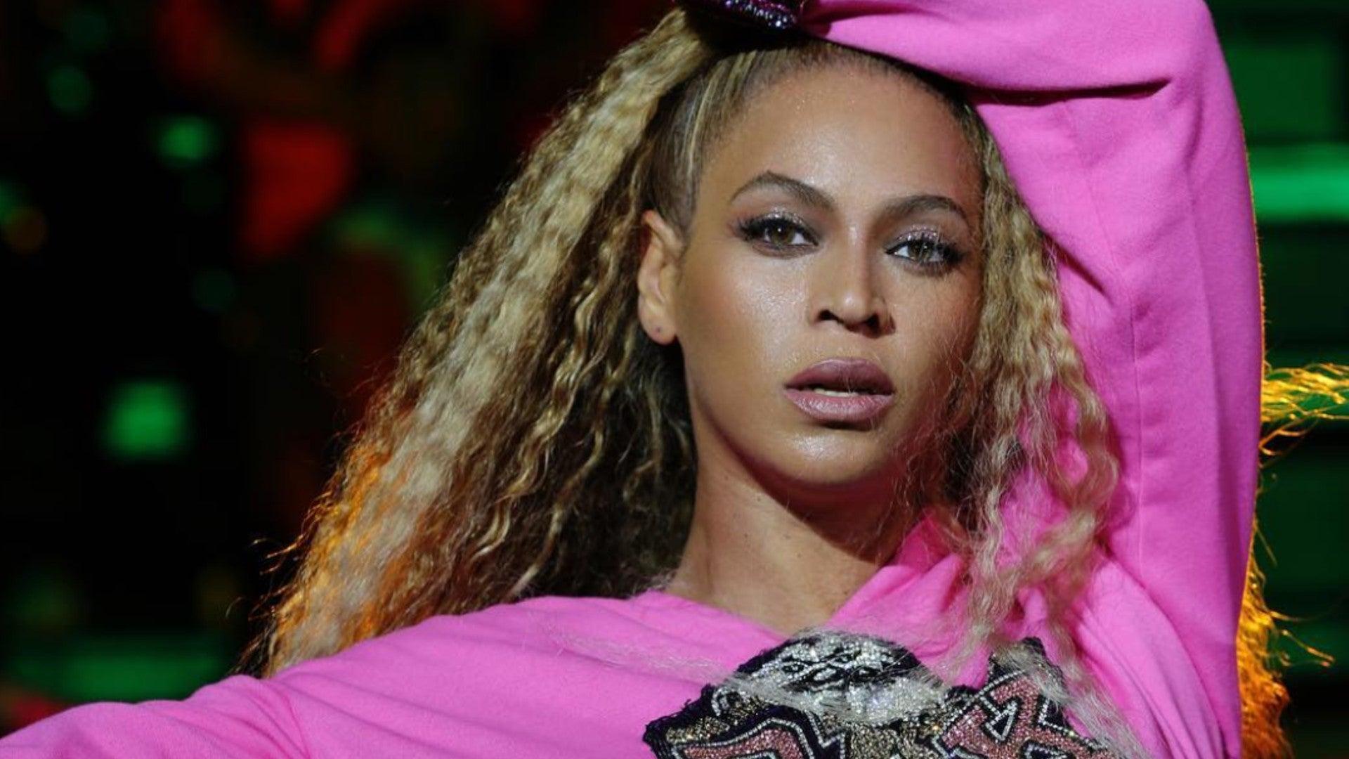 Beyoncé's Natural Hair Is 'Flawless'