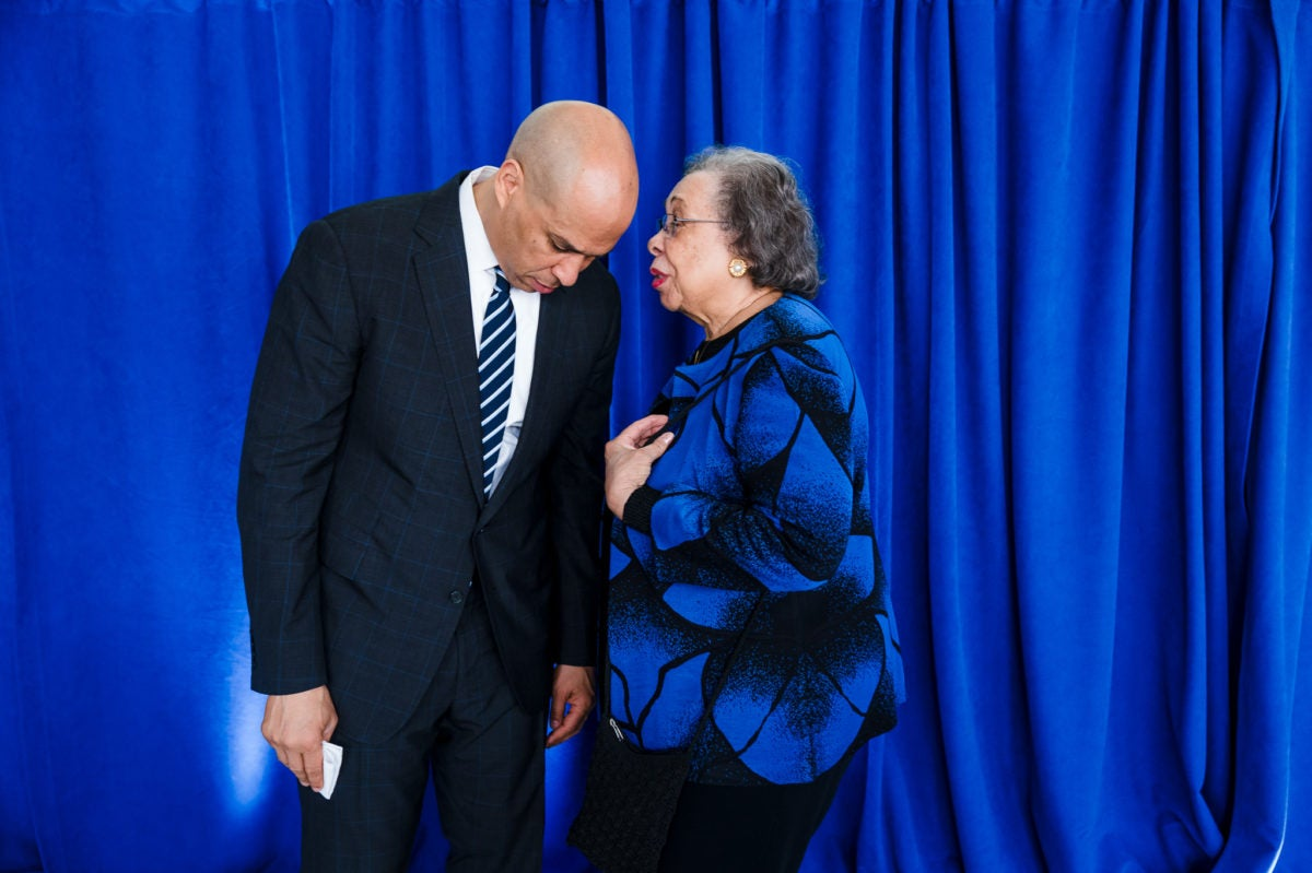 Cory Booker Joins Mom At Delta Sigma Theta Convention - Essence