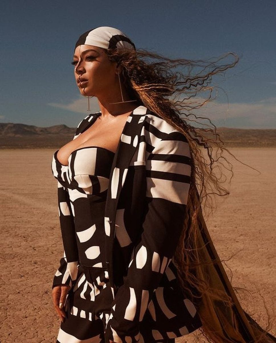 All The Wardrobe Details From Beyonce S New Video Quot Spirt