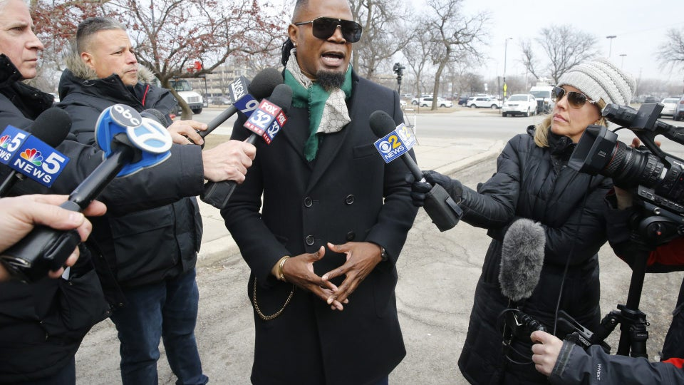 R. Kelly's Crisis Manager: 'I Wouldn't Leave My Daughter With Anybody Accused of Pedophilia'