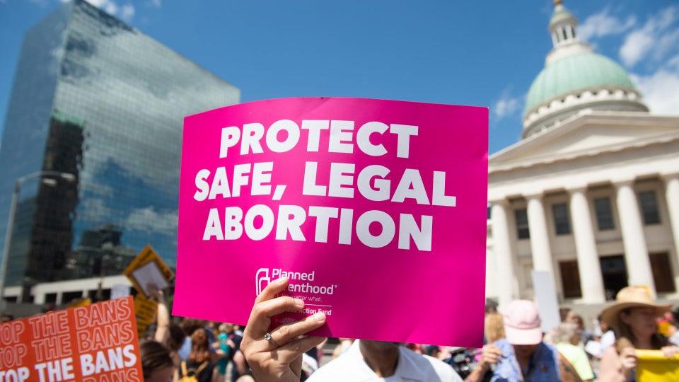 Federal Judge Blocks Arkansas' New Abortion Laws