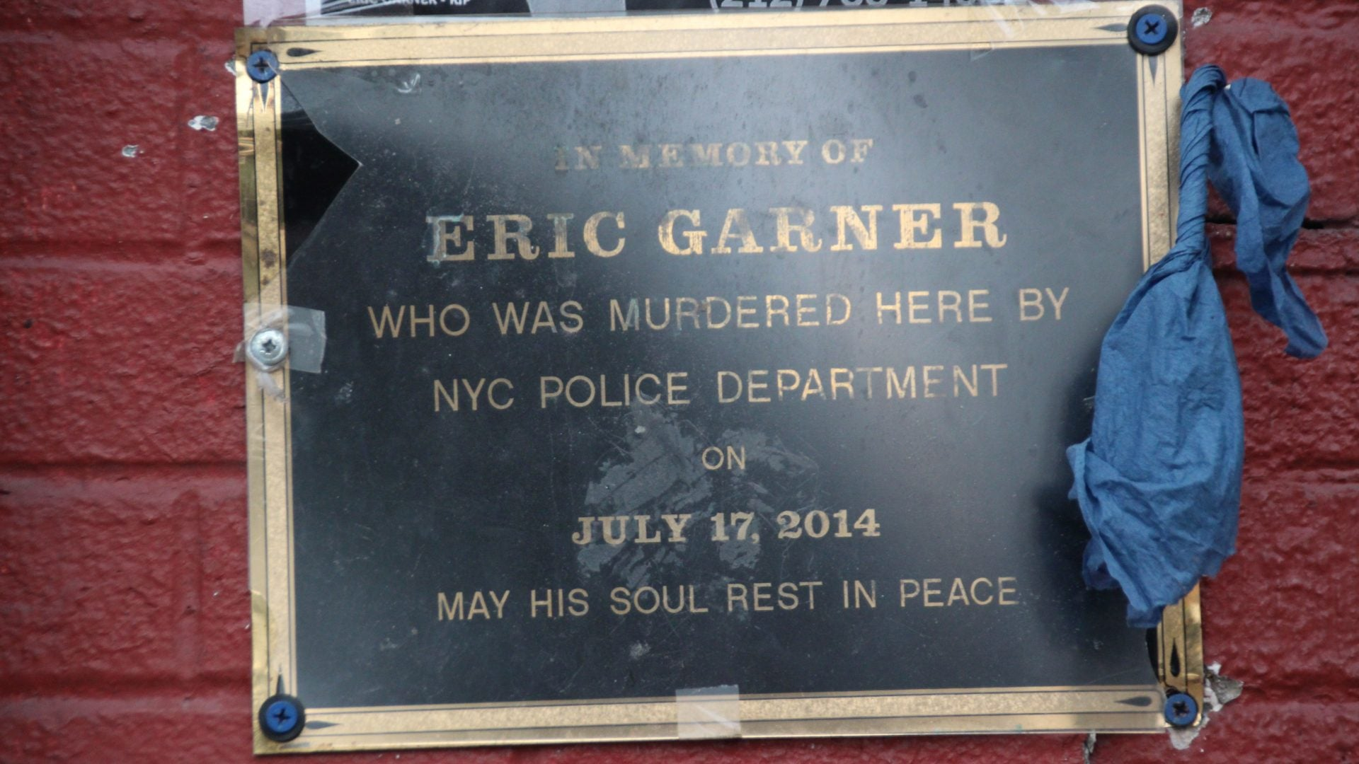 Justice Department Declines To Bring Federal Charges Against Cop Involved In Eric Garner's Death