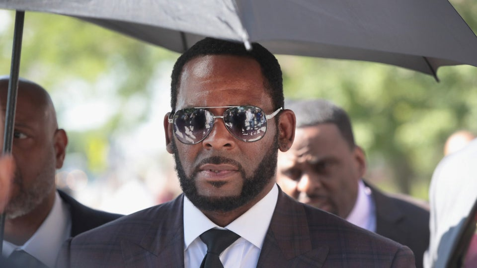 R. Kelly Charged With Recruiting And Taking Underage Girls Across State Lines For Sex In Federal Indictment