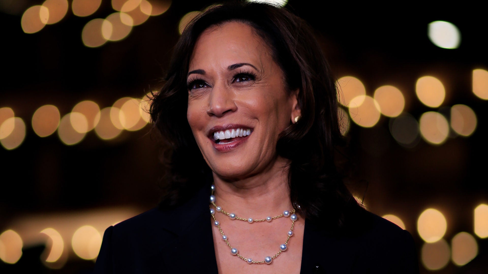 Sen. Kamala Harris Defends Pelosi Amid Tensions With 'The Squad'