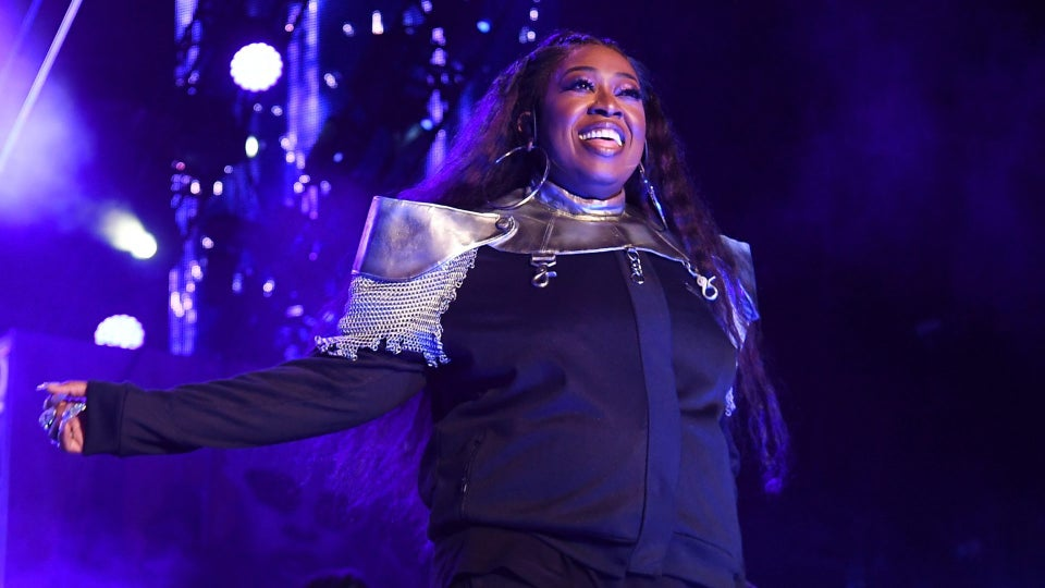 Missy Elliott Rocked The Essence Festival Superdome In 3 Custom Outfits