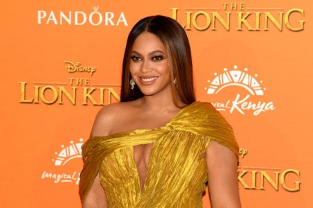 'Billboard' To Honor Beyoncé With Executive Of The Year Award