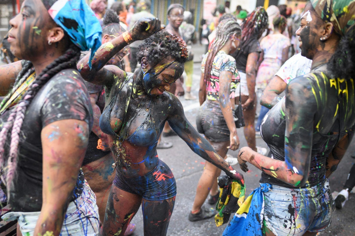 Tell Dem We Reach! A First-Timer's Guide to Caribana, Toronto's