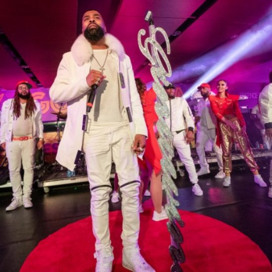 Ginuwine's Essence Festival Appearance Reminded Us Why He's Still A Hearththrob
