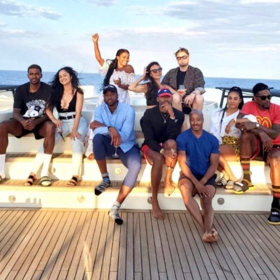 What About Your Friends! The #WadeWorldTour Is Now An Epic Group Trip, And We Want In