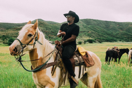 Diddy Heads Down That Old Country Road For A Family Getaway in Colorado