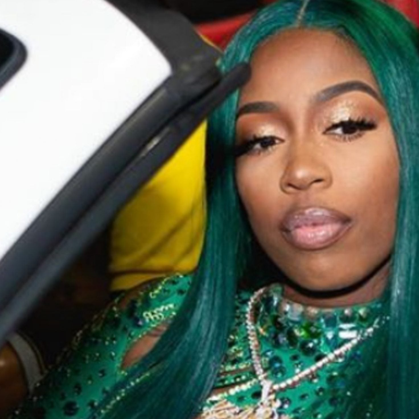 Is Green The New It Hair Color?