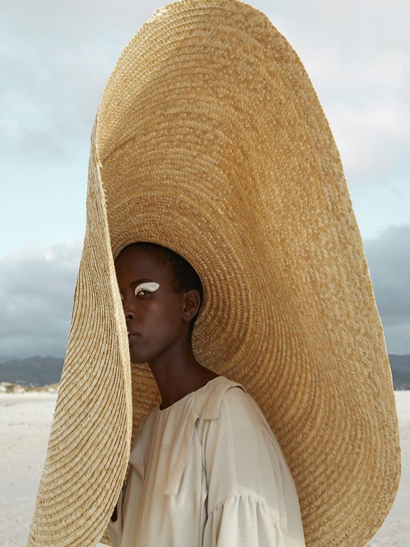 What I Screenshot This Week: The Shadiest Wide-Brimmed Hat in The Land