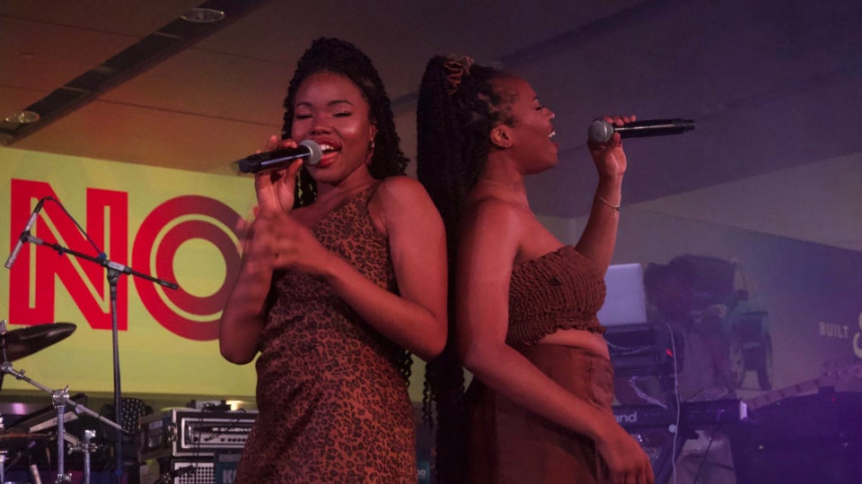 The Soulful Sounds Of R&B's Sultry Duo VanJess Heat Up The Stage At The 2019 Essence Festival
