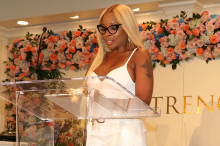 Mary J. Blige Celebrates Clark Sisters, Cicely Tyson At Essence ...
