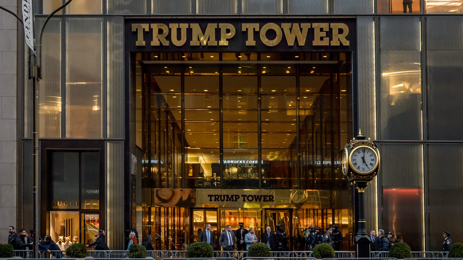 Petition To Rename Trump Tower 'Obama Avenue' Receives 270,000 Signatures