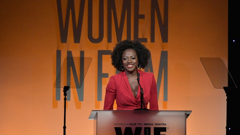 Viola Davis To Play Michelle Obama In New Showtime Series