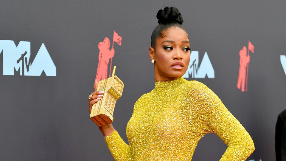 Beauty Moments From The MTV VMAs Red Carpet