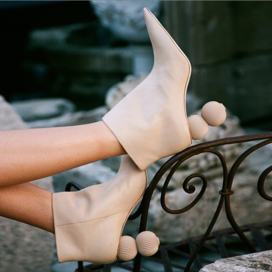 What I Screenshot This Week: The Sculptural Heels That I'm Willing to Step Into Fall For