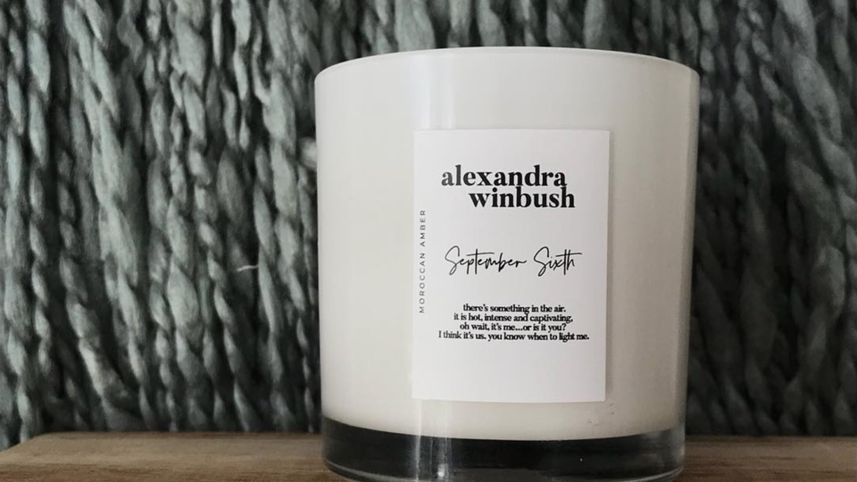 Issa Rae Loves This Black-Owned Candle and Now Twitter Wants To Try It Too