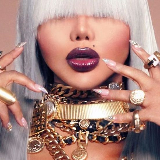 "Lil Kim Previews A Promotional Shot Dripped In Chanel For Her Next Album ""9"""