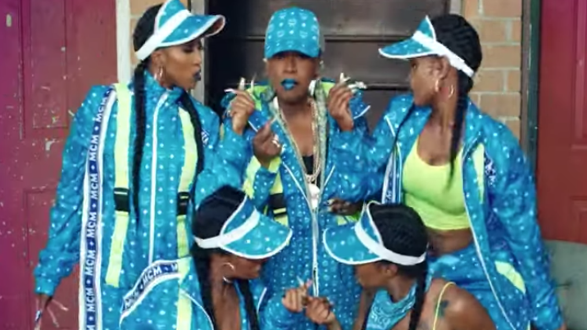 Missy Elliott Sported This MCM Look For 'Throw It Back' Video