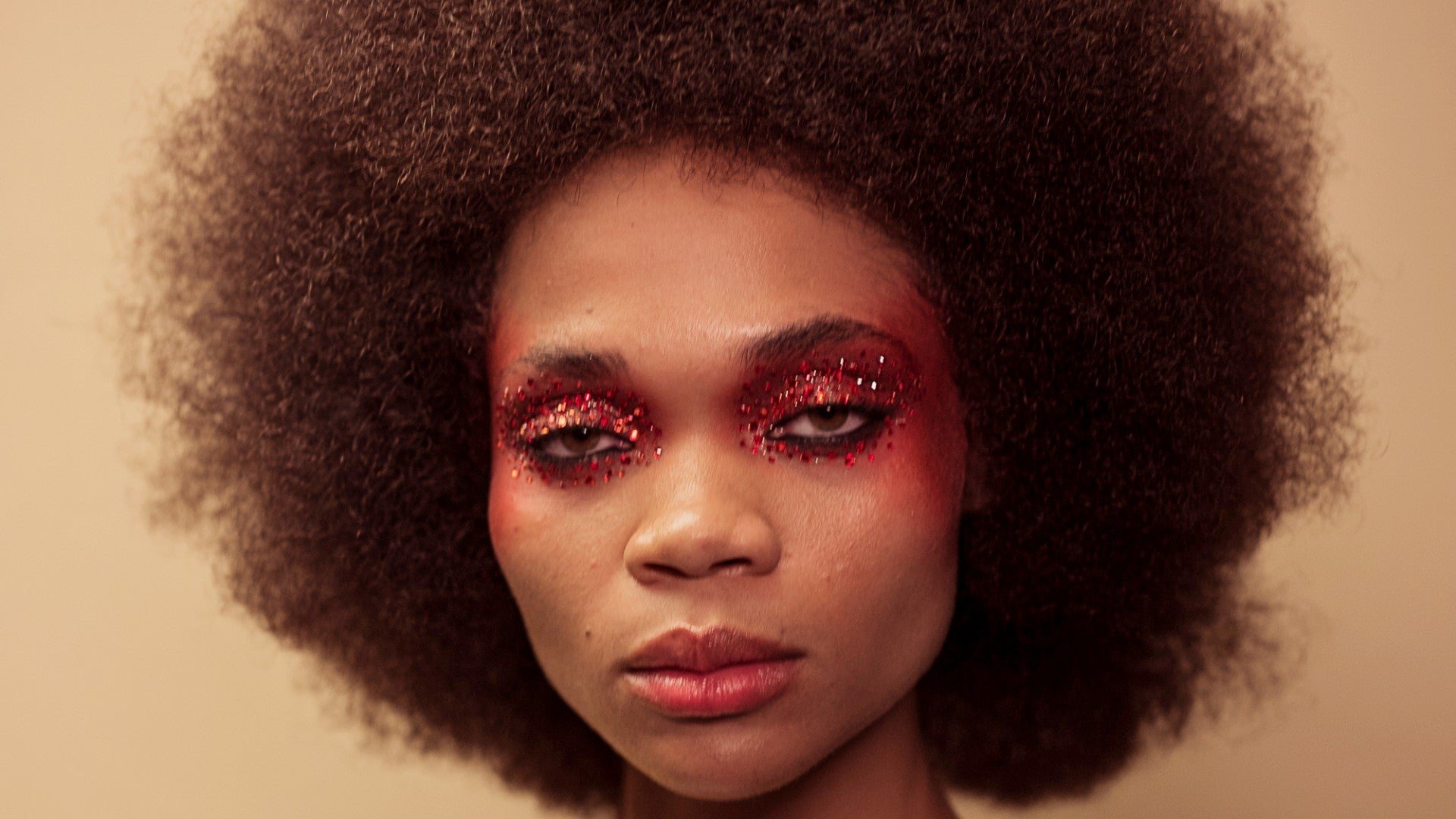13 Makeup Looks From NYFW That Give Us Euphoria Feels