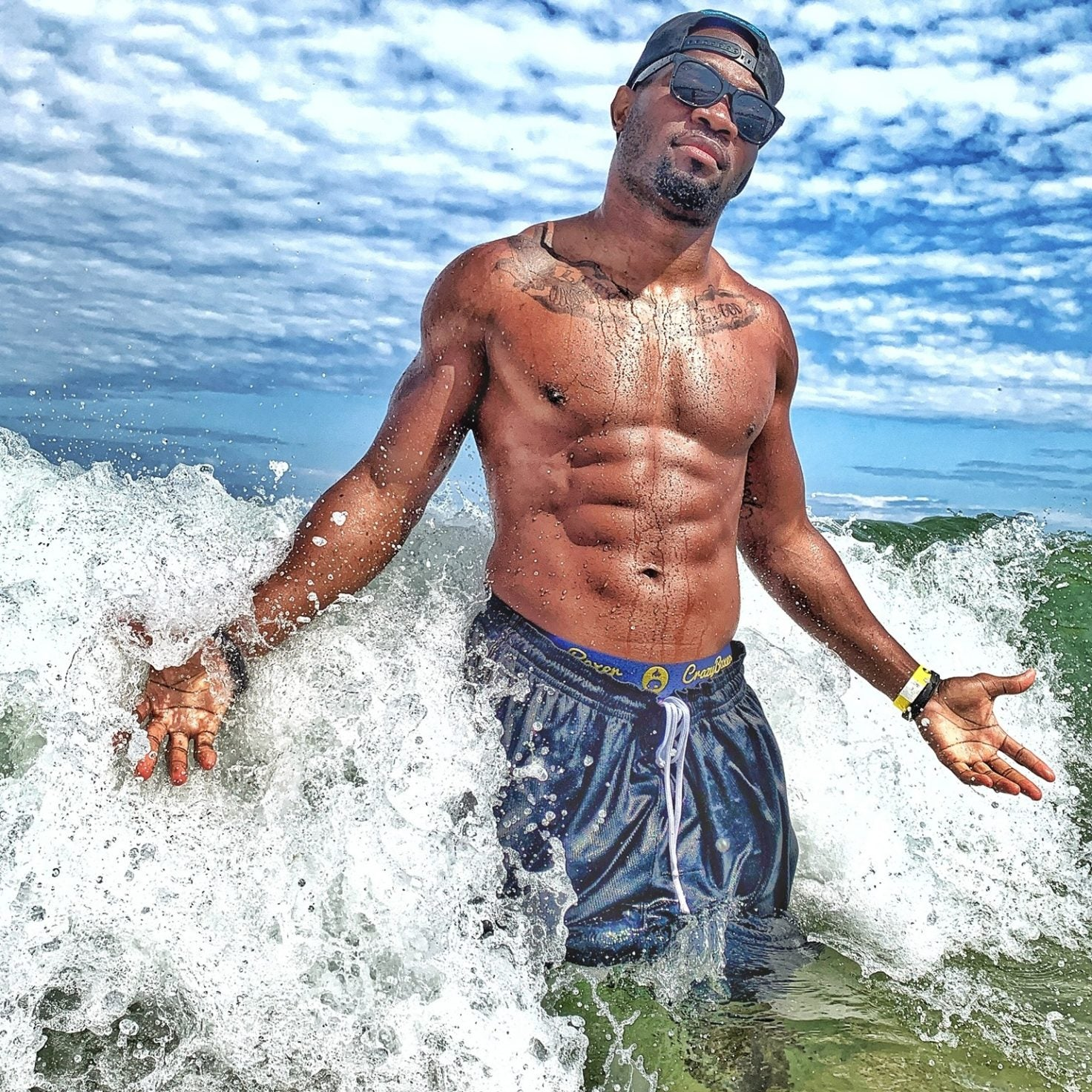 27 Photos of Traveling Black Men That Will Inspire You to Keep Globetrotting