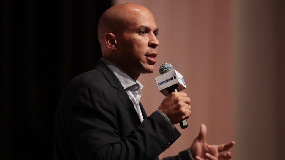 Cory Booker Will Stay In Presidential Race After Meeting Fundraising Goal