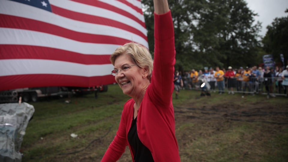 Elizabeth Warren Leads Democratic Field In New Nationwide Poll