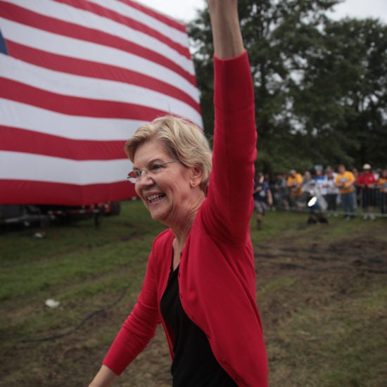 Elizabeth Warren Leads Democratic Field In New Nationwide Poll