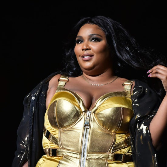 Lizzo Calls For Trumps Impeachment With Special Message To Fans