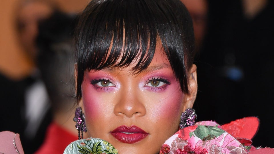 13 Times Rihanna Stunned  In Bangs