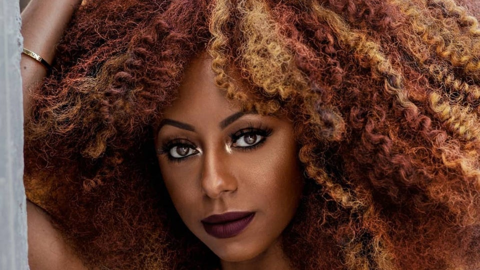 Influencer Jessica Pettway's Hair And Lip Combos Are Fall Beauty Inspiration