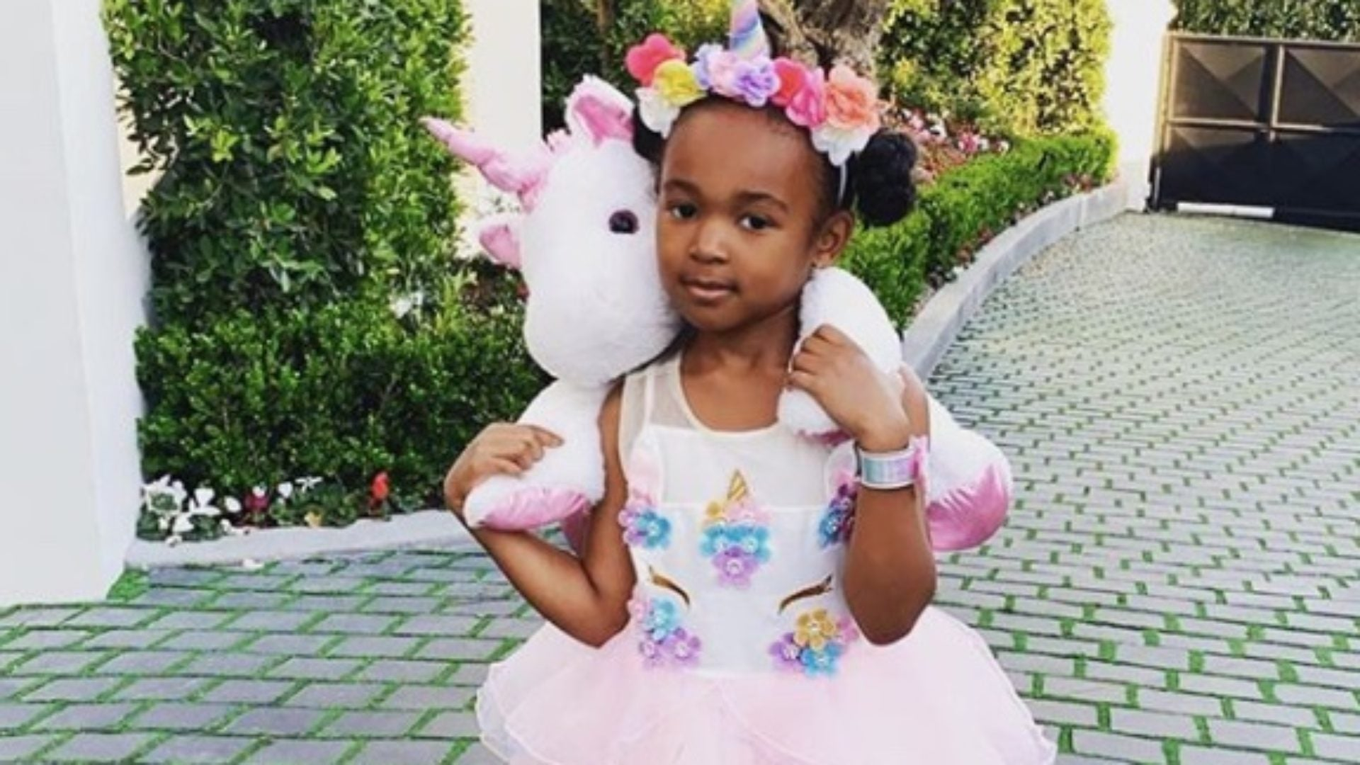 Savannah James Turned To Daughter  Zhuri To Style Her For A 'Hot Date'