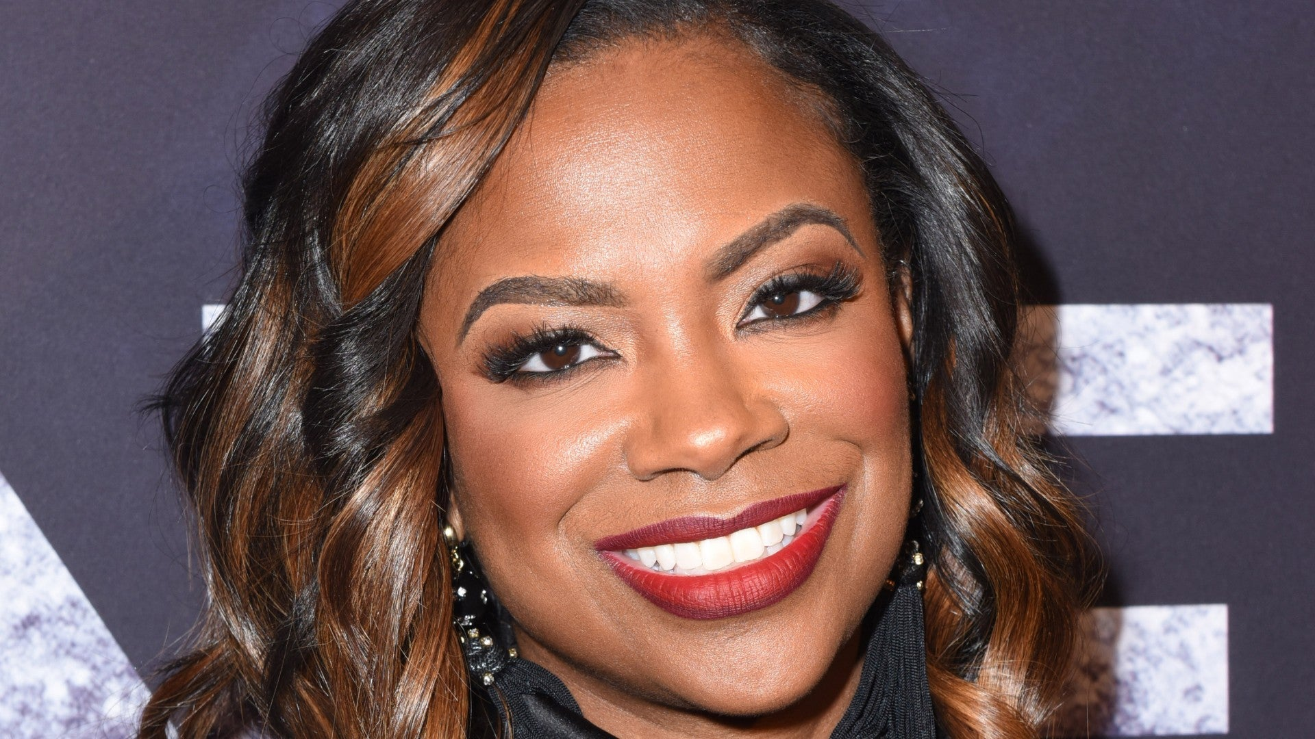 You're Going To Want Kandi Burruss's New Haircut