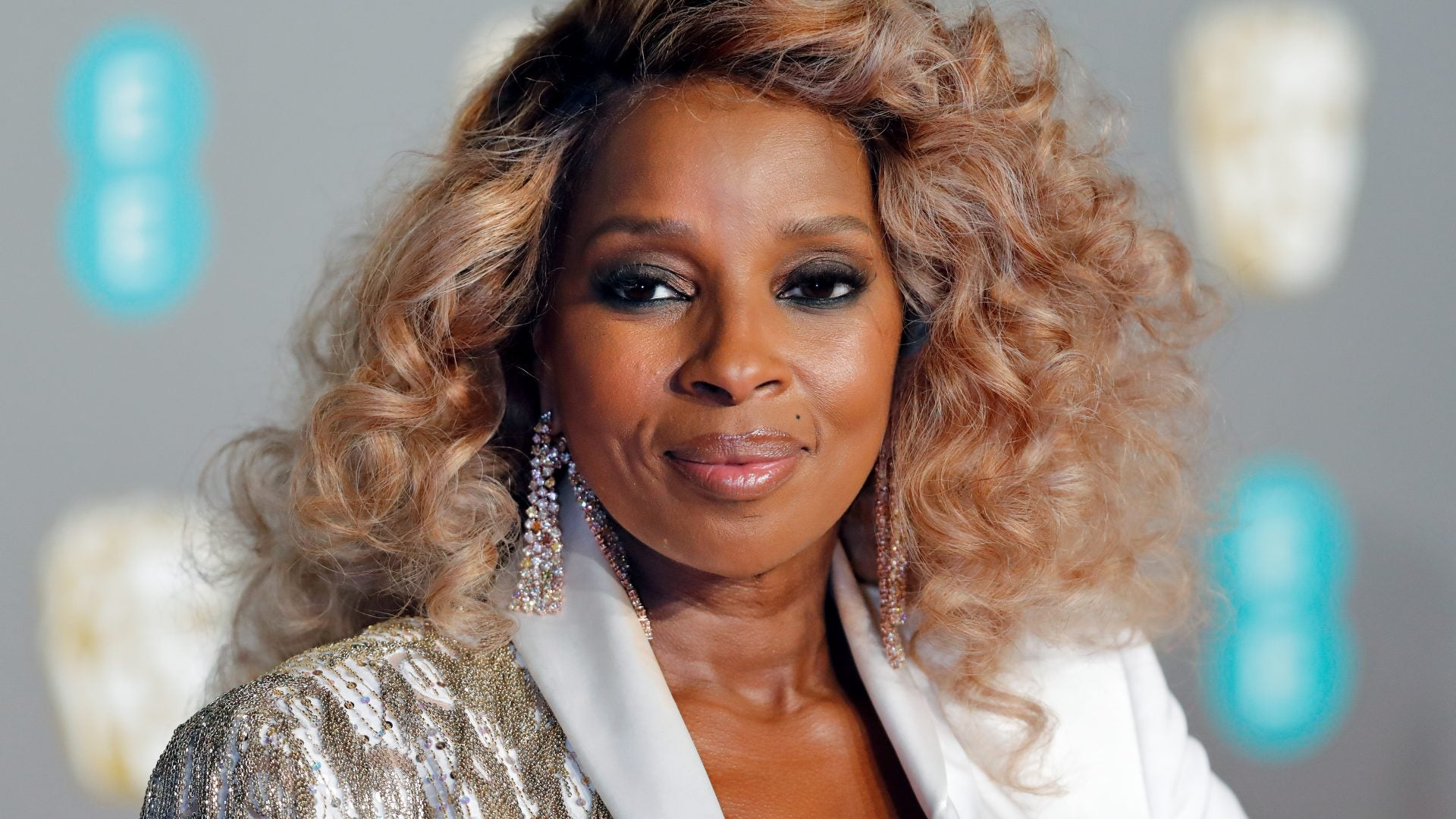 Mary J. Blige Shares Her Top Holiday Gift Picks And We're In Love
