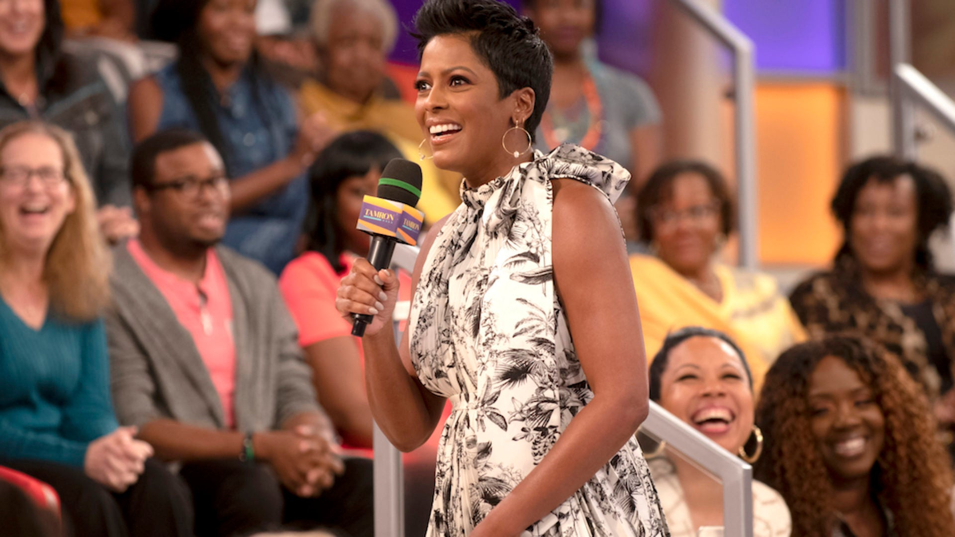 Tamron Hall Details How Her Selfie Became The Cover For Prince's 'If Eye Could Get Ur Attention'