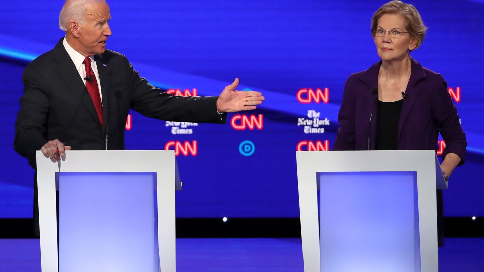 The Theme of Last Night's Democratic Debate Was 'Come For The Queen'