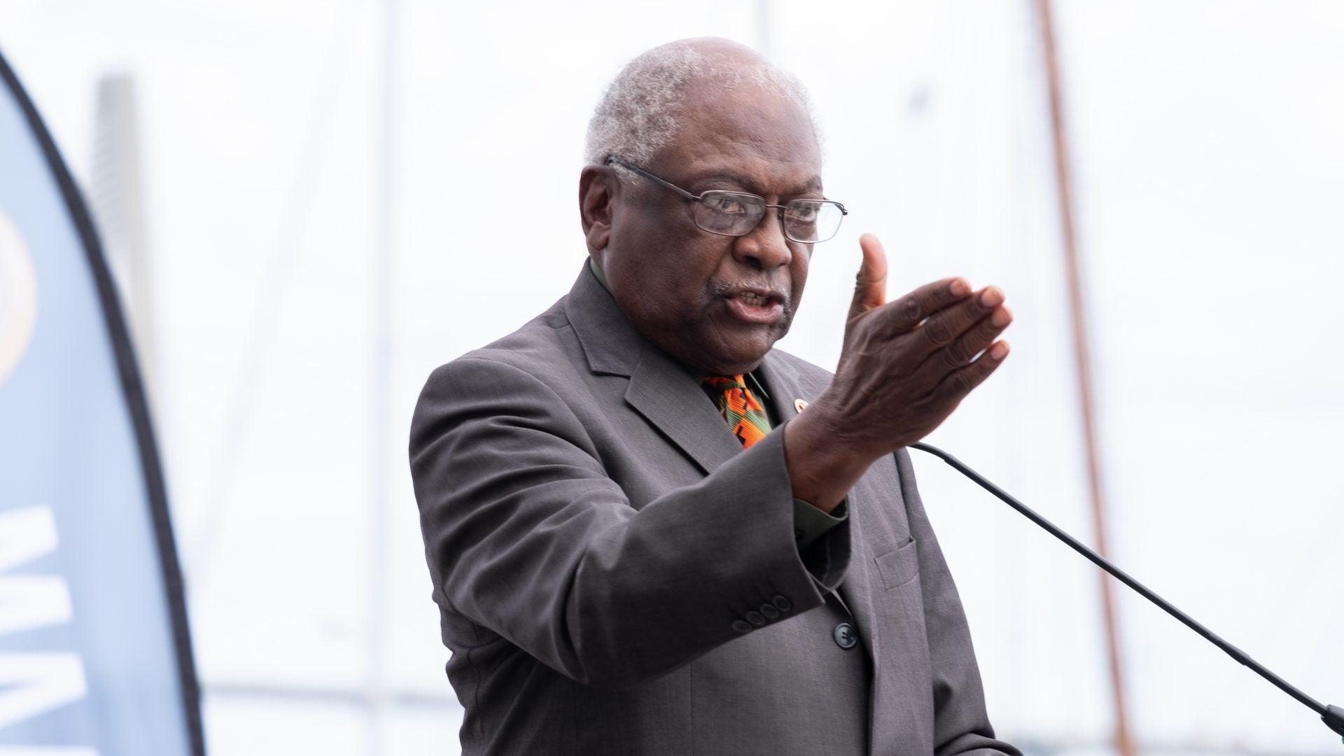 A Tearful Jim Clyburn Helps Break Ground On International African American Museum