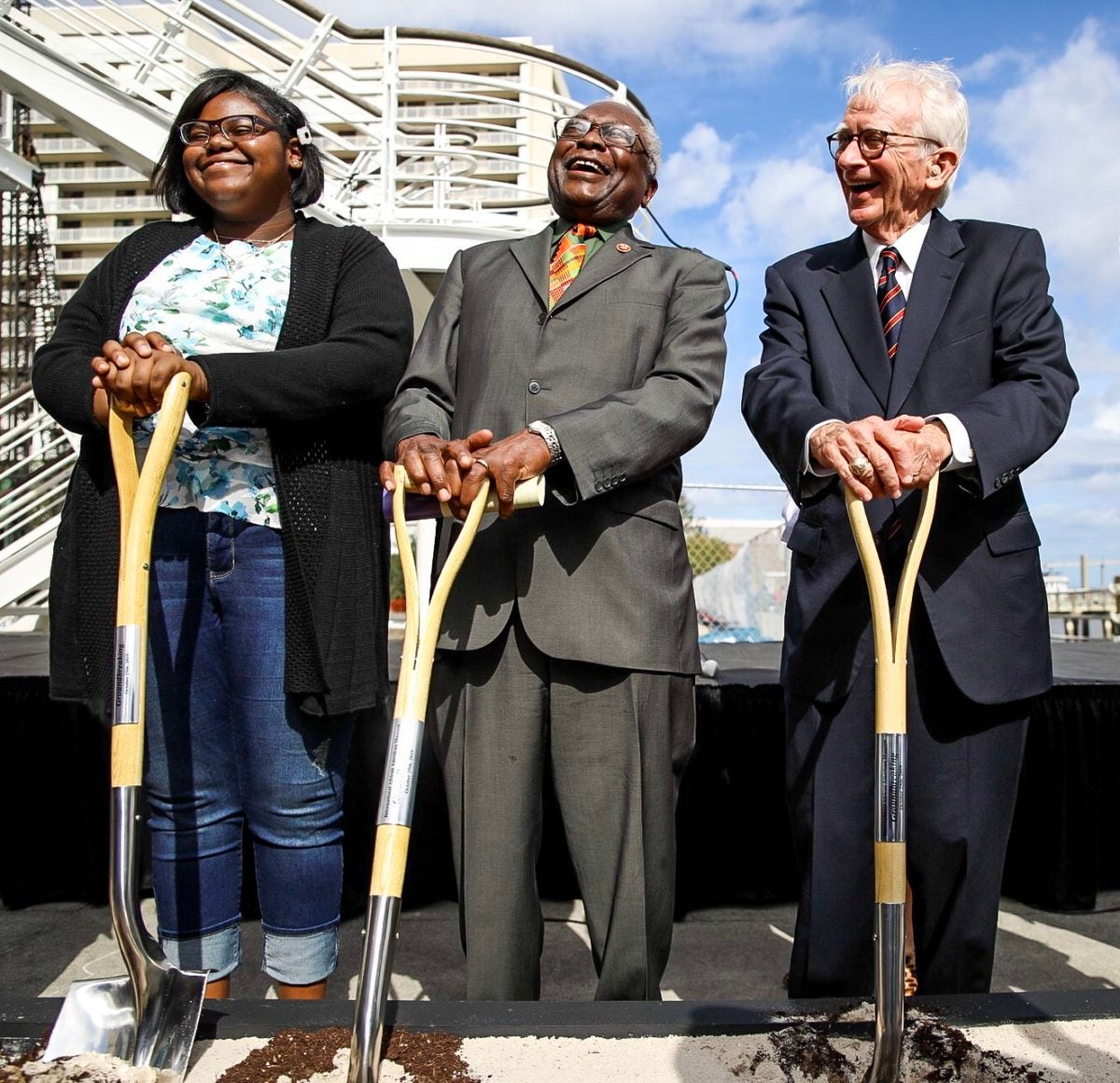 Jim Clyburn joins local student and former Charleston Mayor Joe Riley at the groundbreaking of IAAM