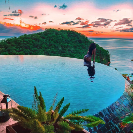53 Jetsetters That Showed Us How To Bring The Heat To Cool Pool Escapes