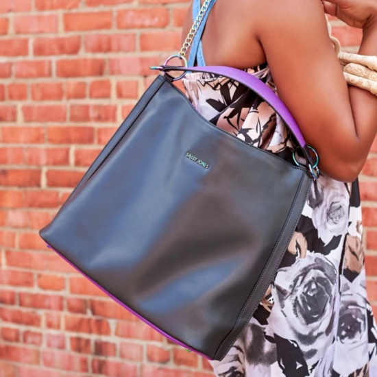 What I Screenshot This Week: The Classic Black Bag I'm Taking Everywhere