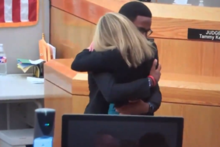 Hugs From Judge And Brother At Amber Guyger Sentence Sets Off Black Twitter
