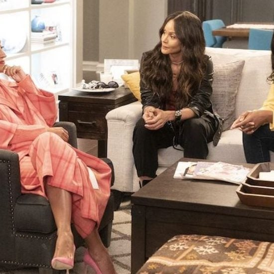 'Girlfriends' Star Persia White Takes Us On The Set Of Their Epic 'Black-ish' Reunion