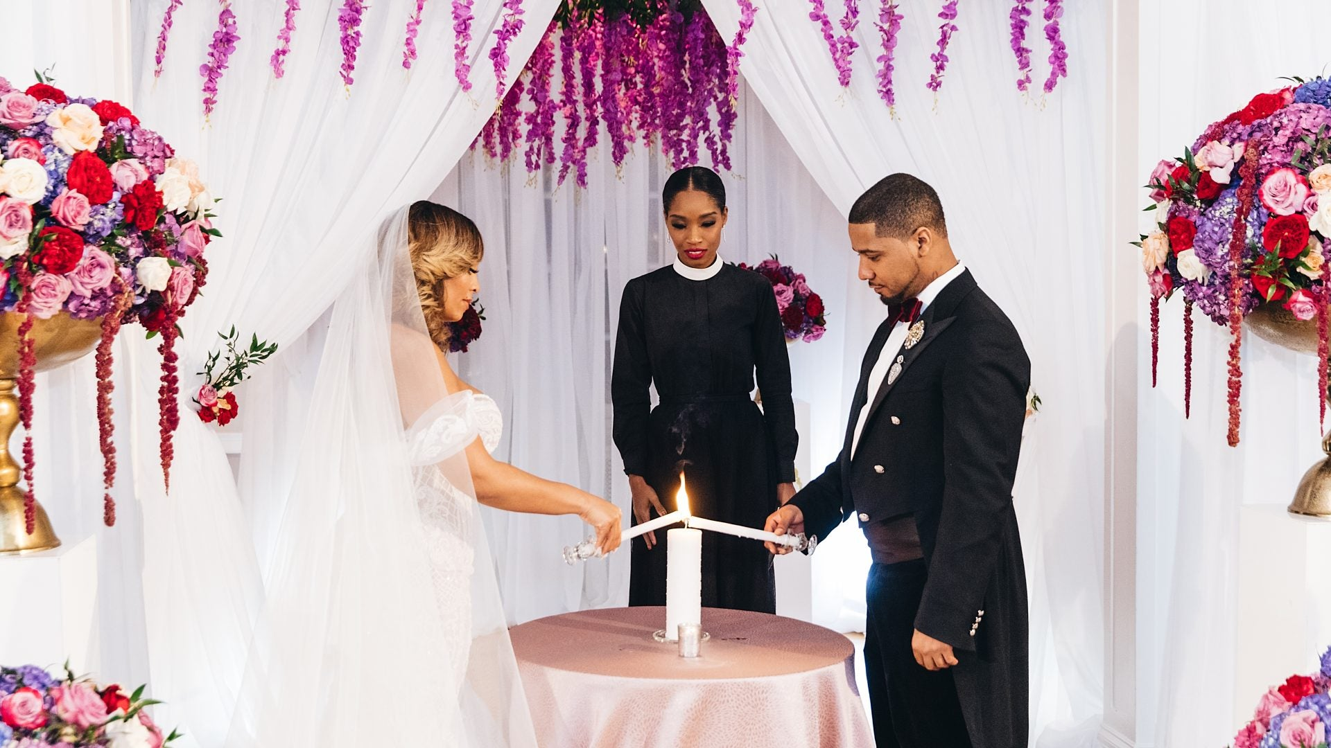 Celebrity Wedding Officiant Is The Marriage Counselor You Need